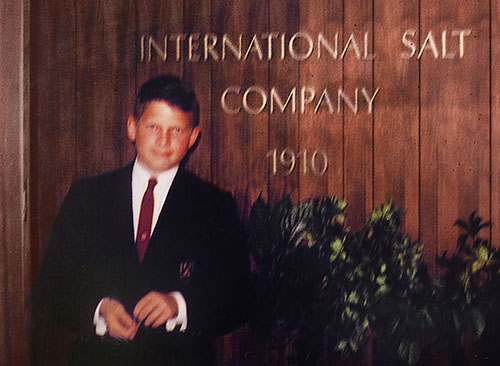 1965 – Tom Johnson at the age of 13 accompanied his father on a business trip to International Salt Company.