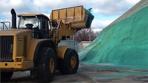 US Salt big pile-02-green-web