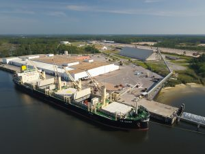 2018 – U.S. Salt opens a gulf coast facility that processes, screens, and dries various types of salt for shipment into the domestic U.S. This facility offers a consistent and manageable option for supply chain management, shipping via via barge, rail and truck.